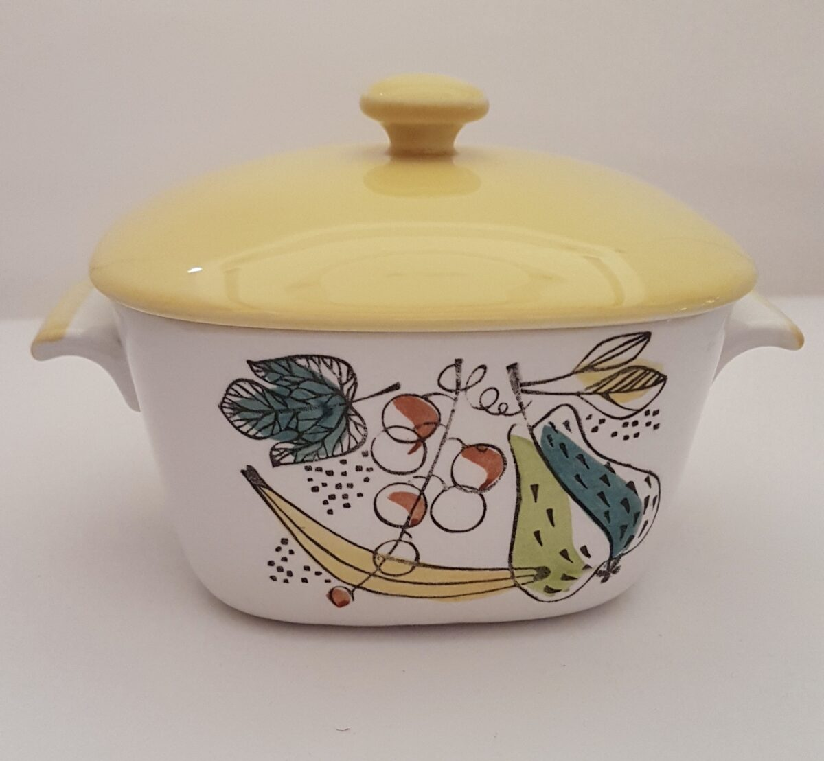 Vintage, retro casserole dish available to buy online